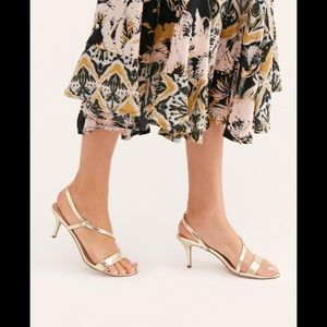 Free People Bermuda heels